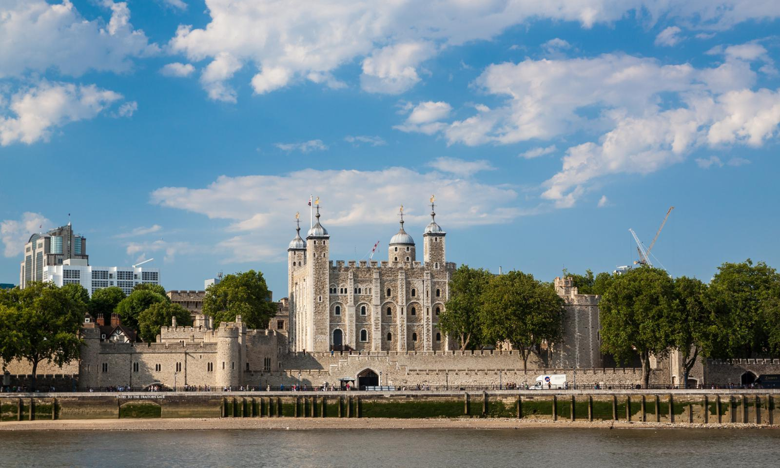 Der Tower of London an der Themse