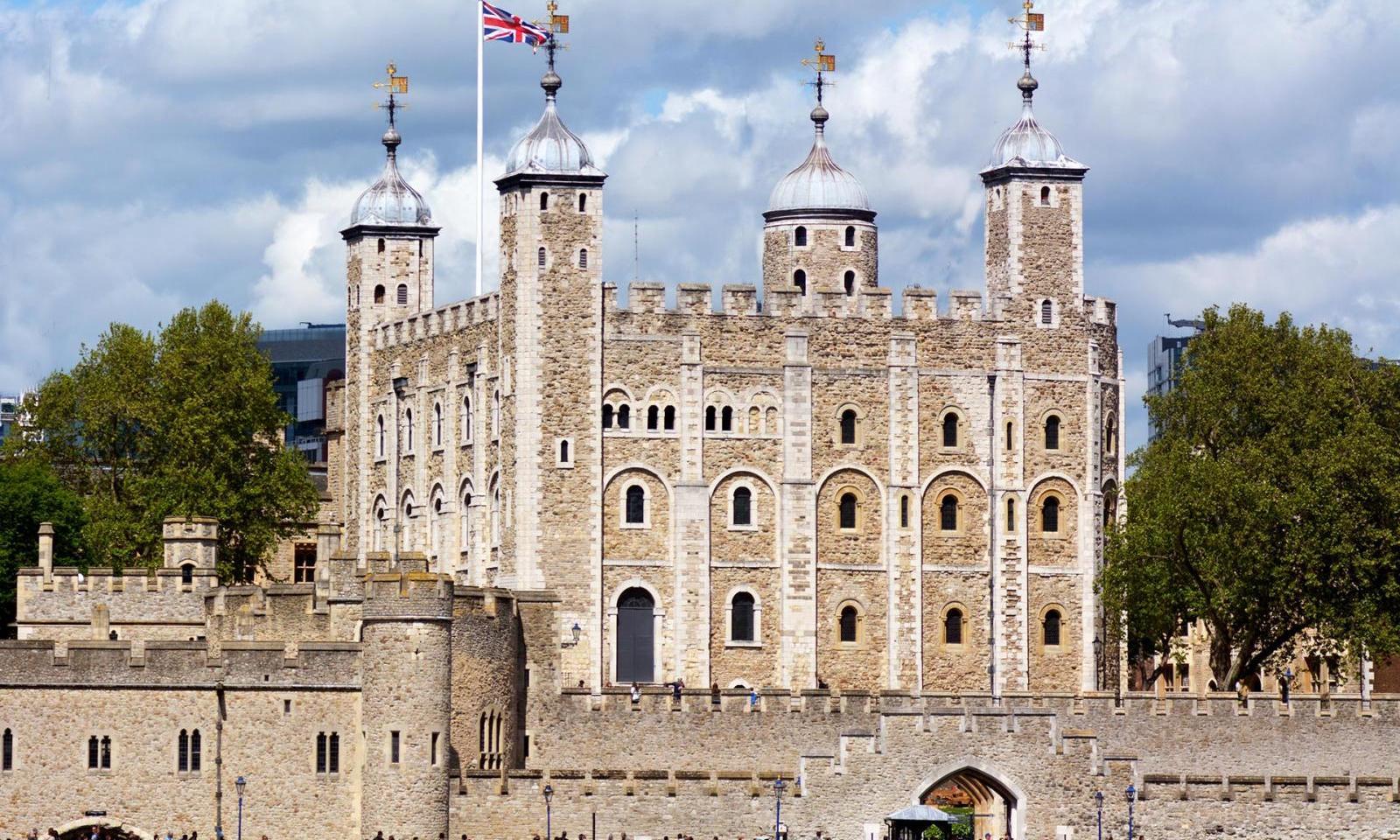 tower-of-londonAussenansicht