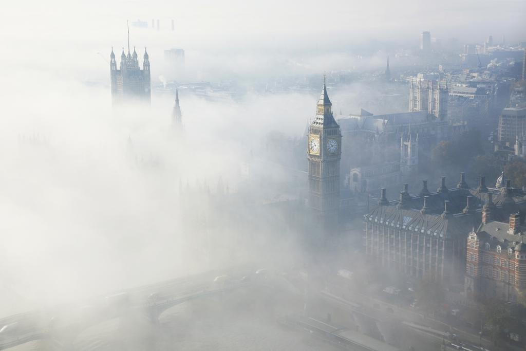 Big Ben im Londoner Nebel