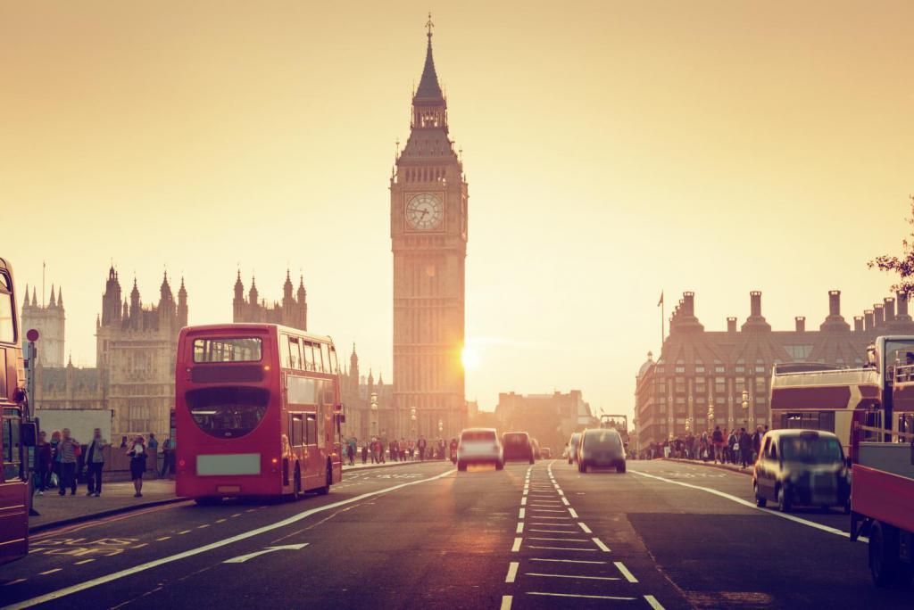 Sonnenuntergang mit Blick auf Londons Big Ben