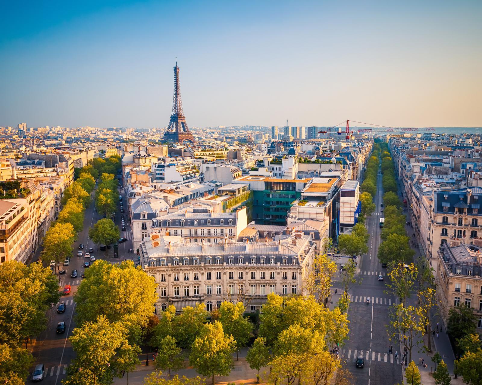 Tour ab London nach Paris