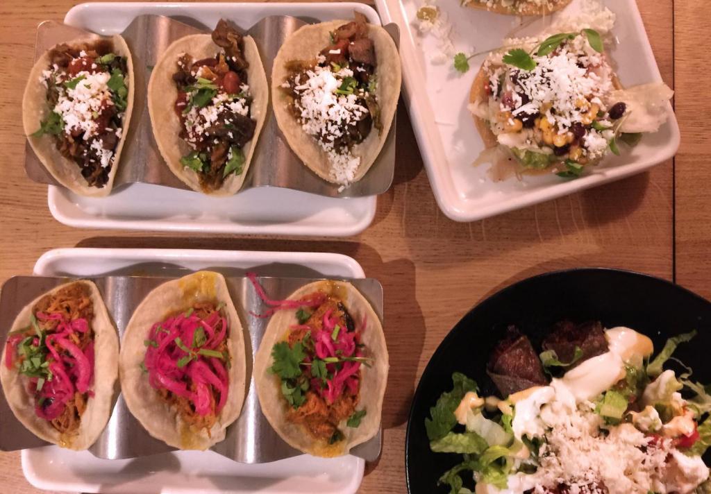 mexikanisches restaurant wahaca essen wie in mexiko. Black Bedroom Furniture Sets. Home Design Ideas