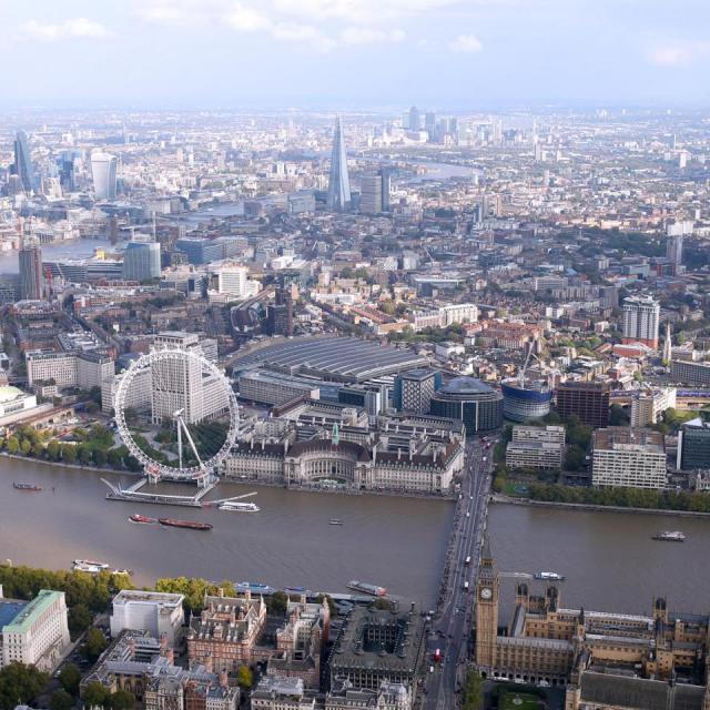 London von oben – im Helikopterflug über London
