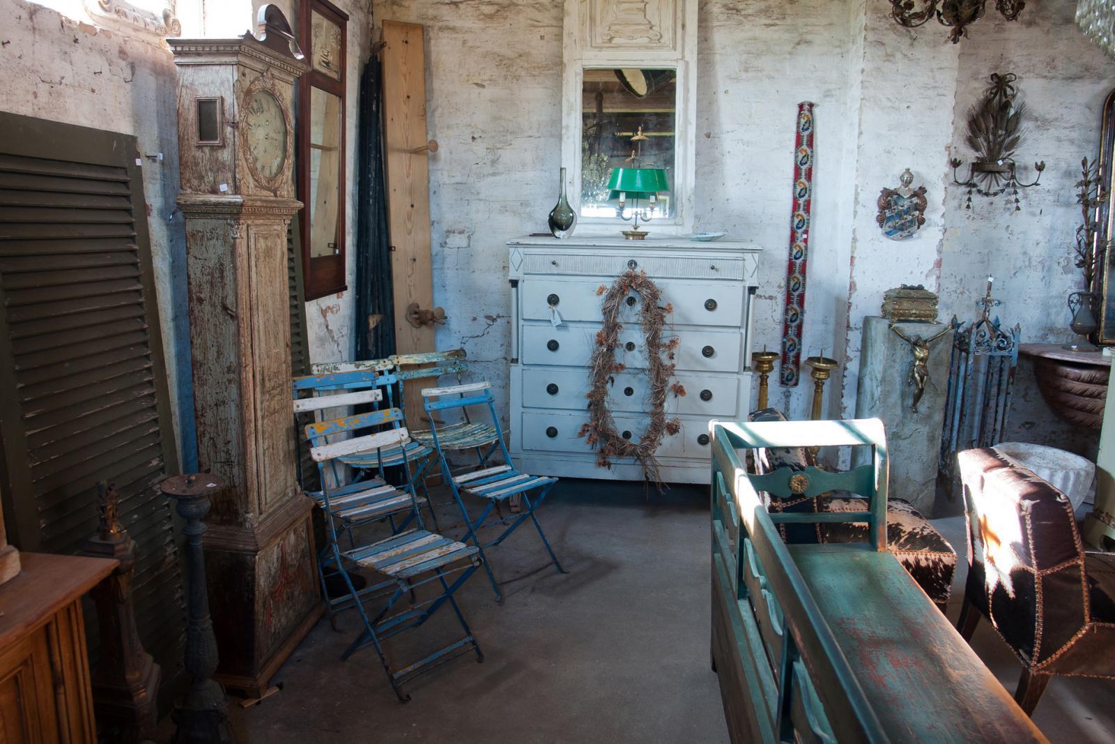 Shop at Alfies Antique Market