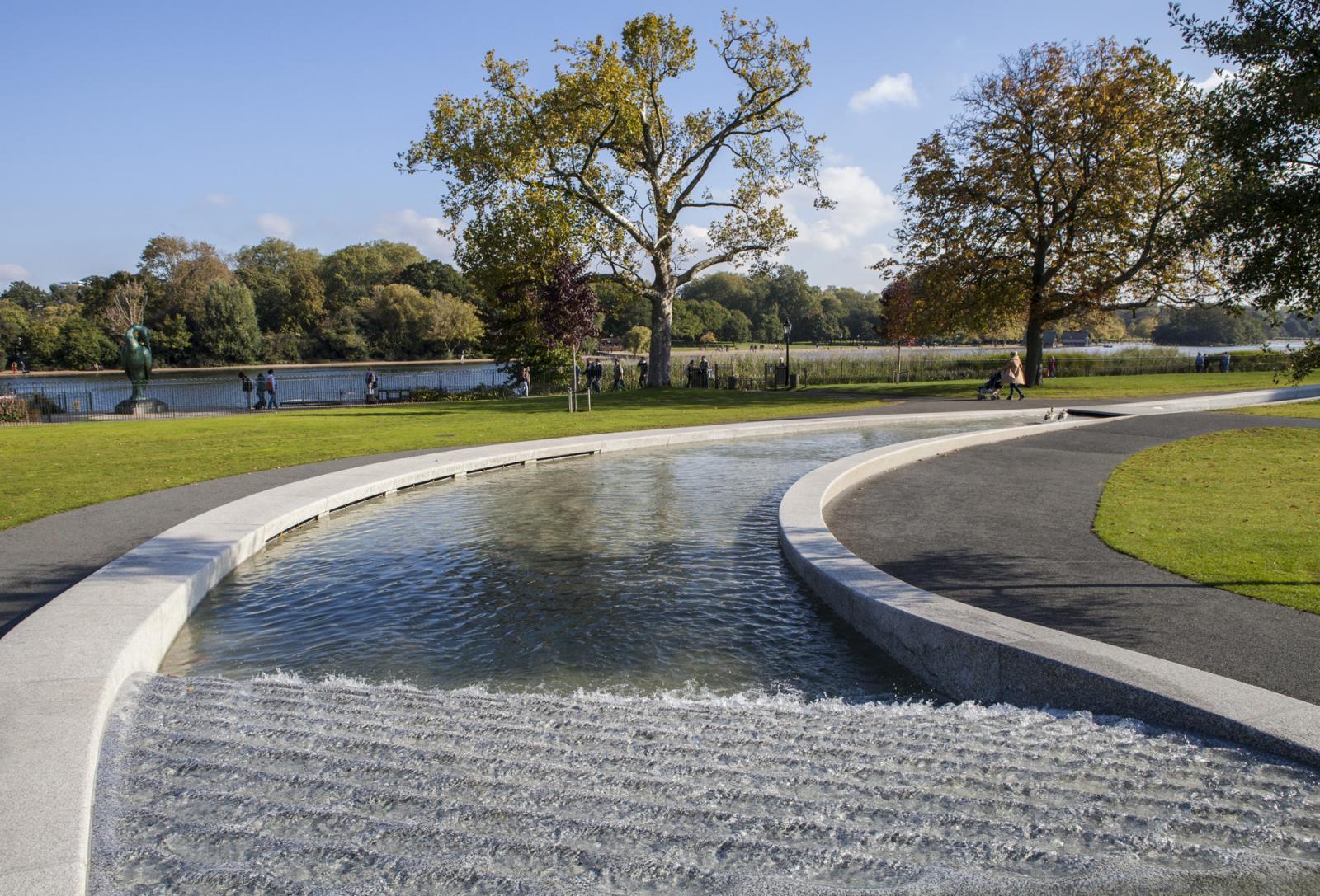 Prinzessin Diana Gedenkbrunnen im Hyde Park