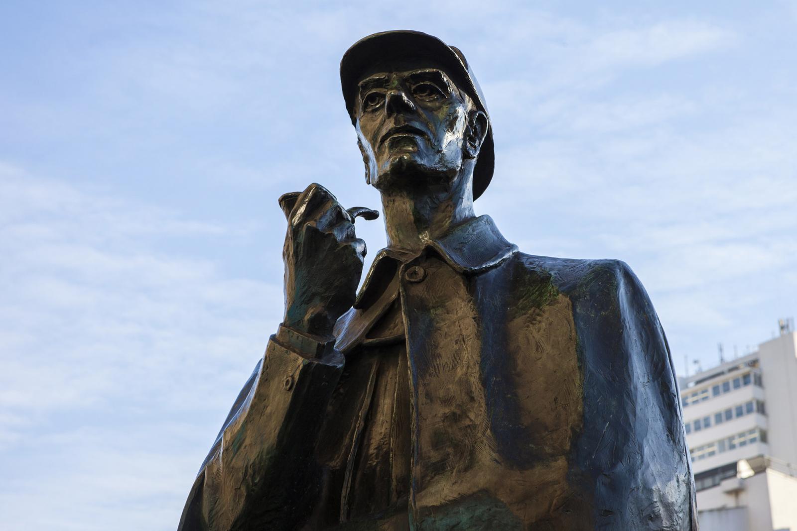 Sherlock Holmes in Paddington