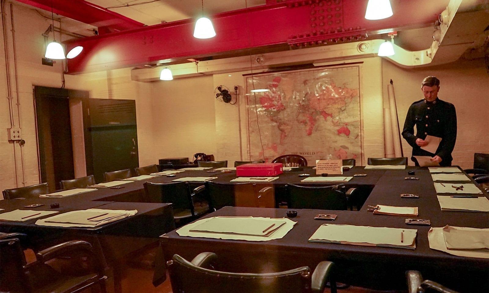 Cabinet War Room